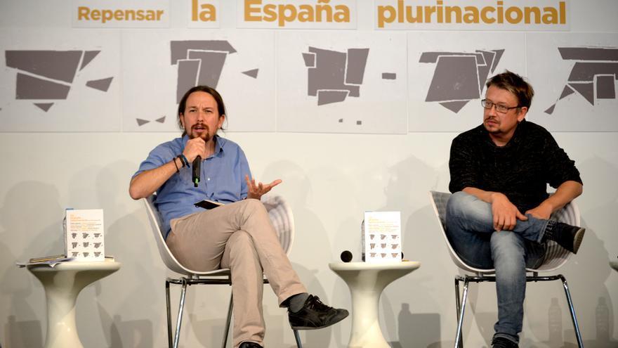 Pablo Iglesias y Xavier Domènech, en la presentación de 'Repensar la España plurinacional'.