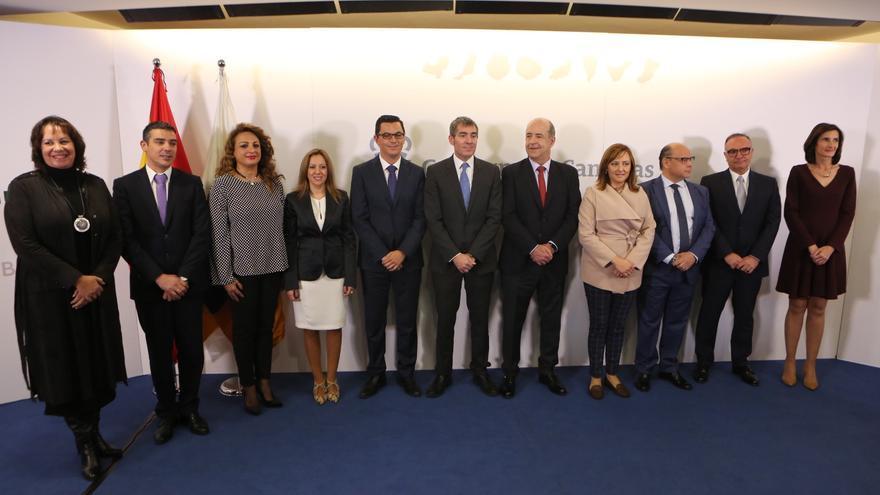 El presidente del Gobierno de Canarias y los consejeros (ALEJANDRO RAMOS)