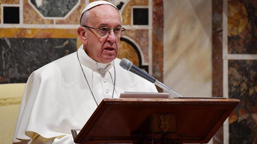 La Iglesia católica prepara una página web y un cuestionario para los jóvenes