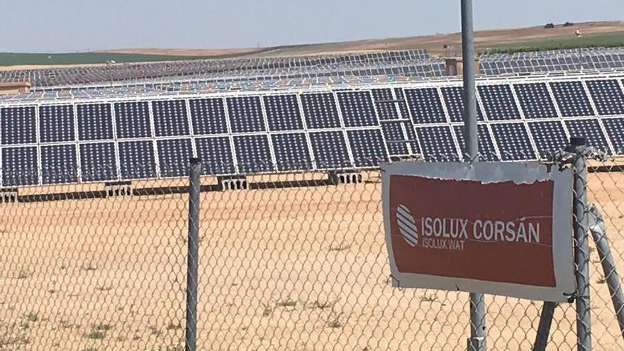 Parque solar de Isolux Corsán en Pozal de Gallinas (Valladolid)