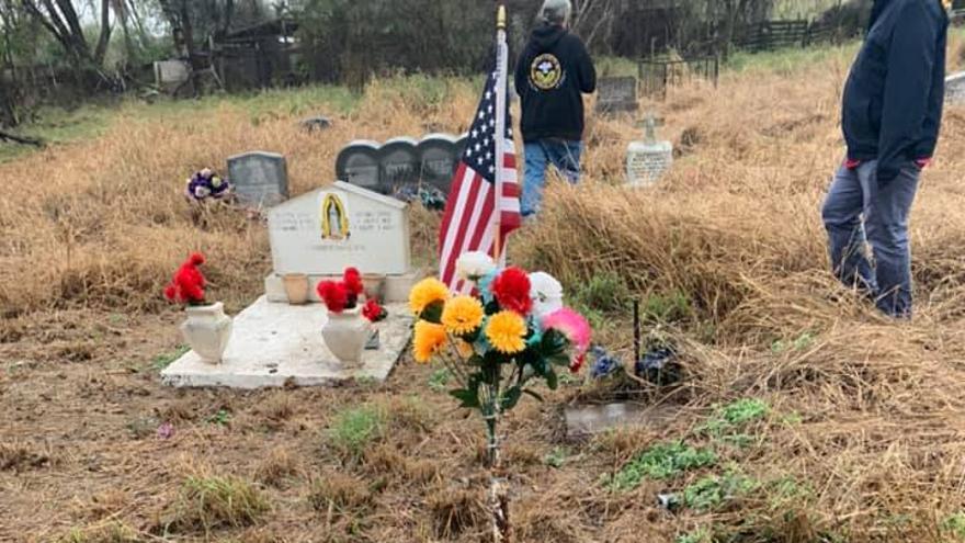 Tumba del cementerio Eli Jackson