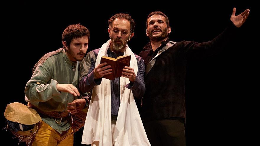 'Otro Quijote +?' llegó a las tablas del Teatro Romea