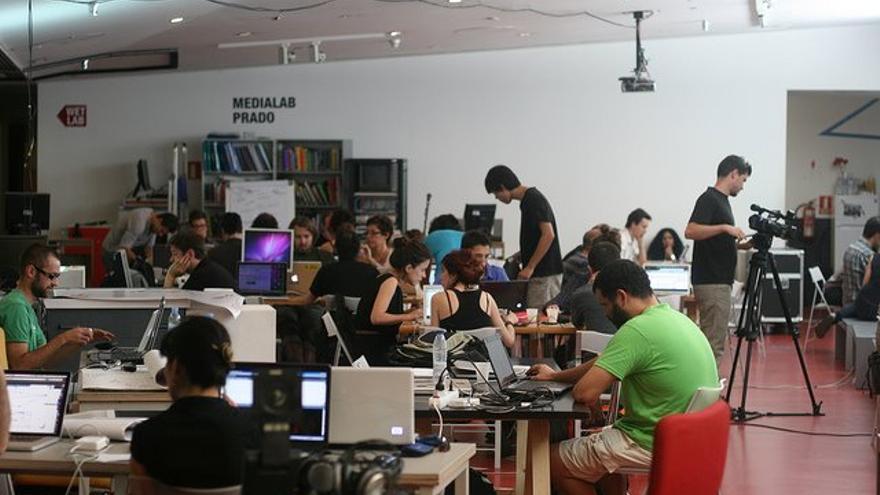 Un taller en MediaLab-Prado. Foto: Facebook