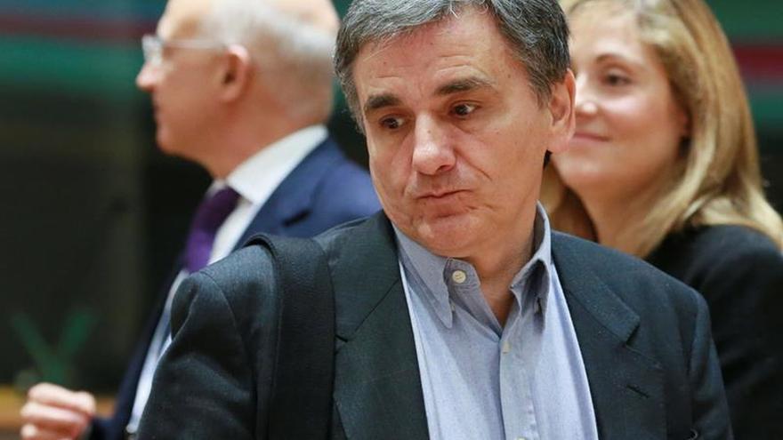Grecia coloca 812,5 millones de euros en Letras del Tesoro a tres meses
