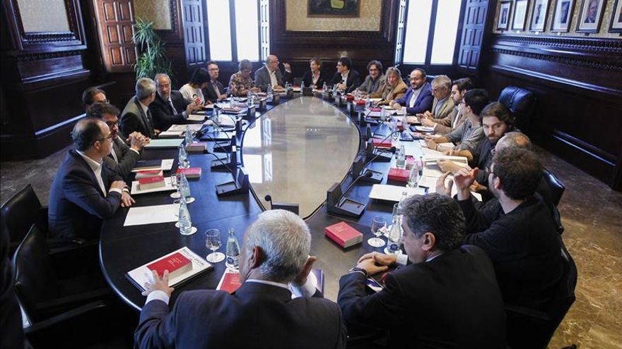 El Parlament solemniza mañana la ruptura con España con Mas aún en el alero