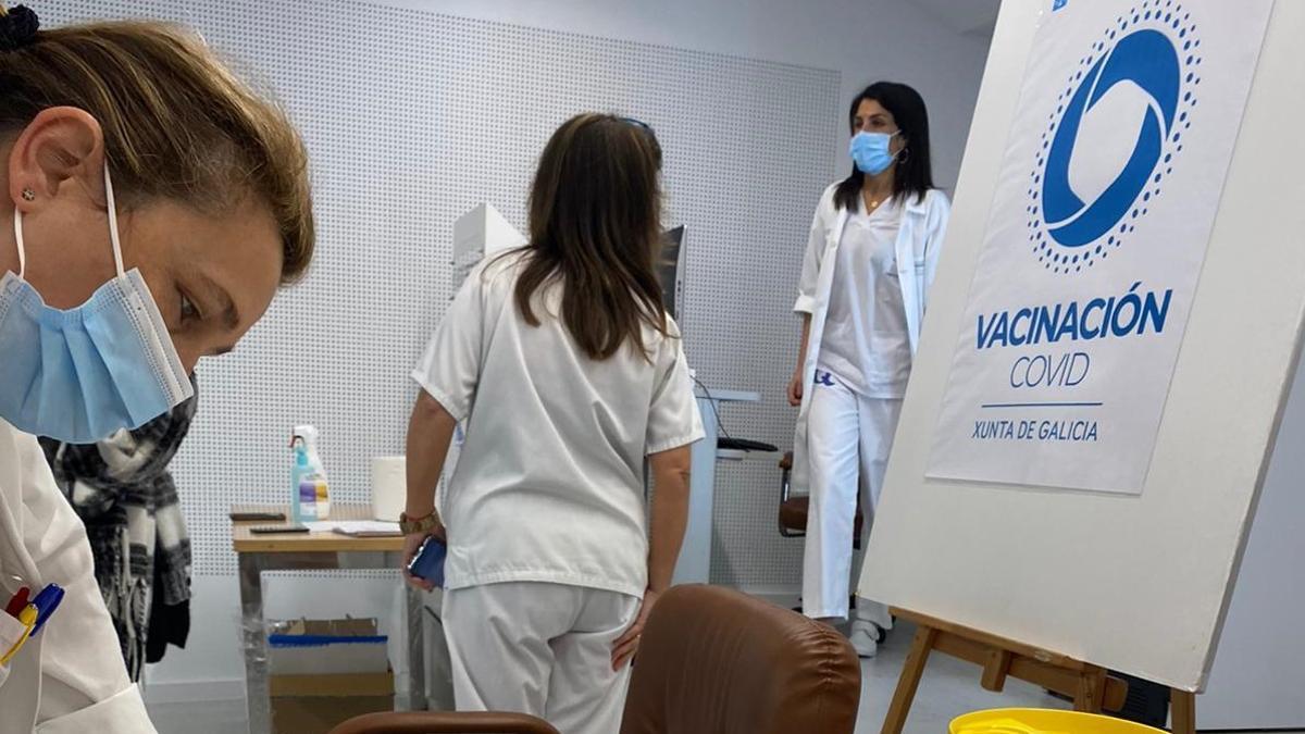 Dispositivo de vacunación en el área sanitaria de Pontevedra, en una imagen de archivo