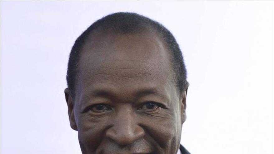 Burkina emite una orden internacional de arresto contra el expresidente Compaoré
