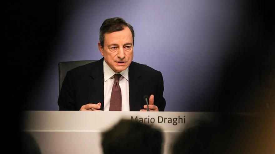 Draghi: Los bancos tienen la responsabilidad de comunicar las sospechas de blanqueo