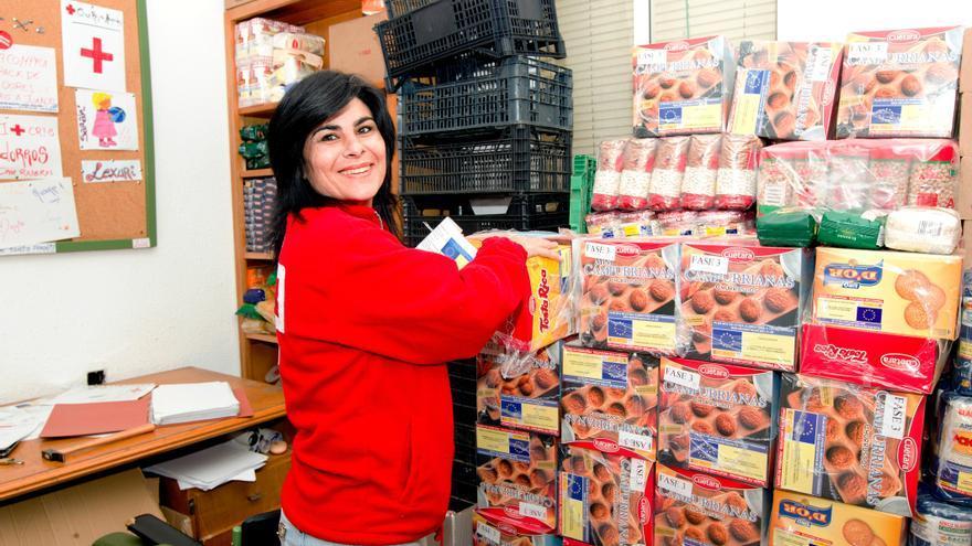 Reparto de alimentos de Cruz Roja / Cruz Roja Hornachos