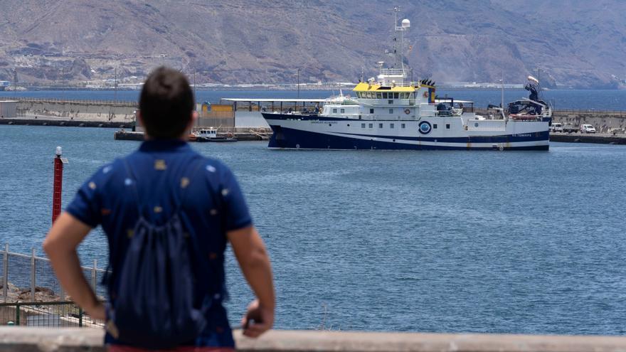 La Fiscalía denuncia al cura que culpó a la madre de las niñas de Tenerife