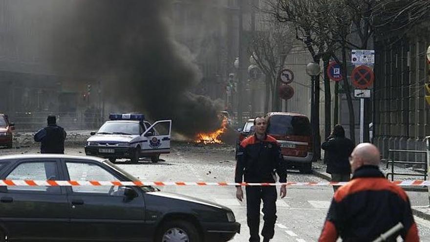 Imagen-atentado-ETA-Bilbao_EDIIMA20160804_0533_4.jpg