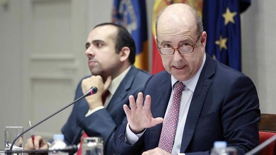 Pedro Ortega, consejero de Economía, en una imagen hecha en el Parlamento canario