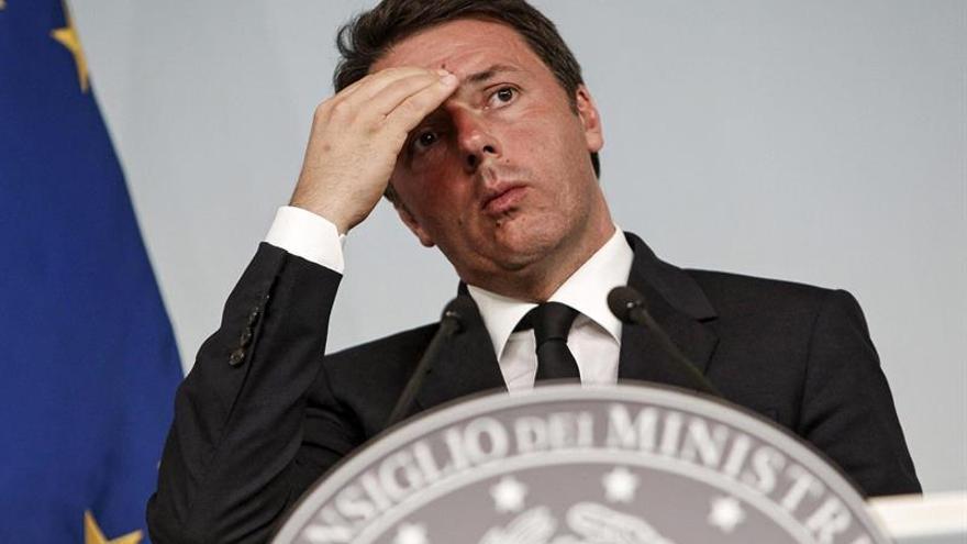 """Renzi lamenta el asesinato de Cox y dice que el """"odio no podrá vencer"""""""