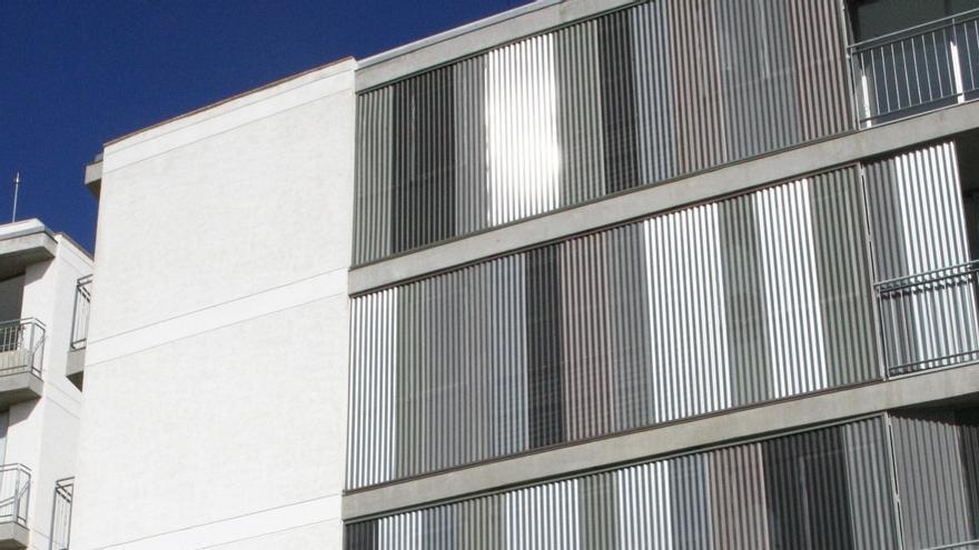 El consejo de Sodefesa debate el ajuste laboral y acuerda rebajar las rentas de sus VPO
