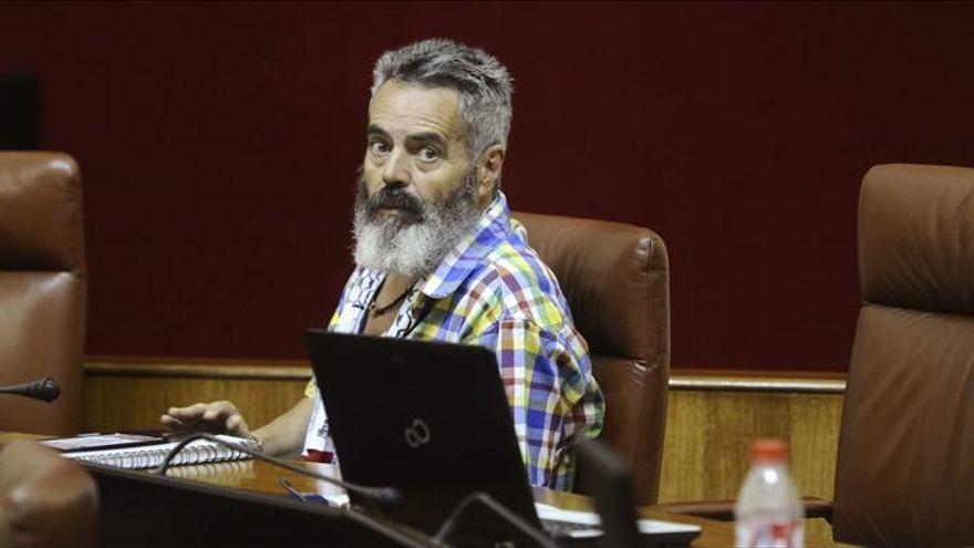 Sánchez Gordillo deja la Alcaldía de Marinaleda para mantener su escaño