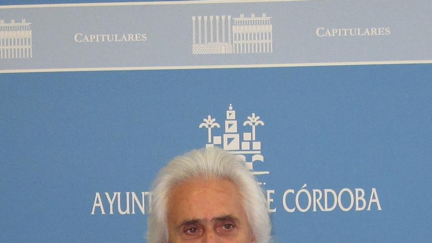 Rafael Gómez renuncia a su acta de concejal que recogerá Rafael Carlos Serrano