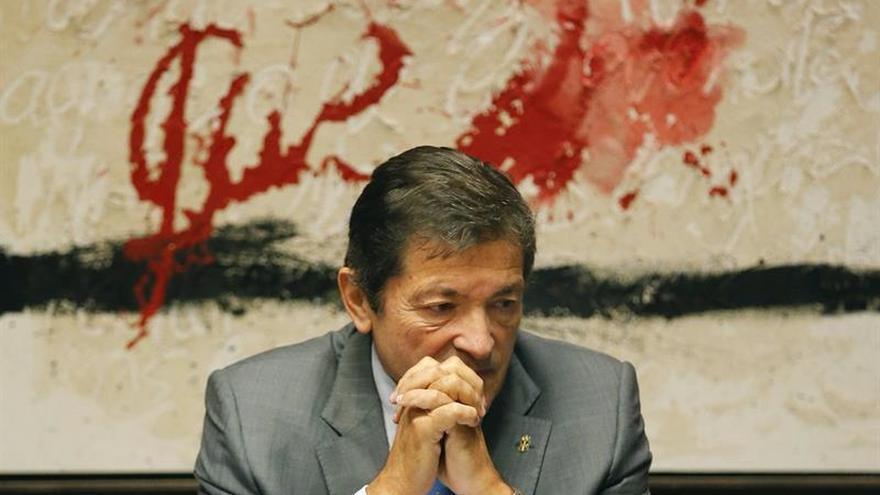 Javier Fernández irá en nombre del PSOE a la ronda de consultas con el Rey