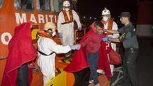 Rescatan a 188 personas a bordo de siete pateras en la costa andaluza