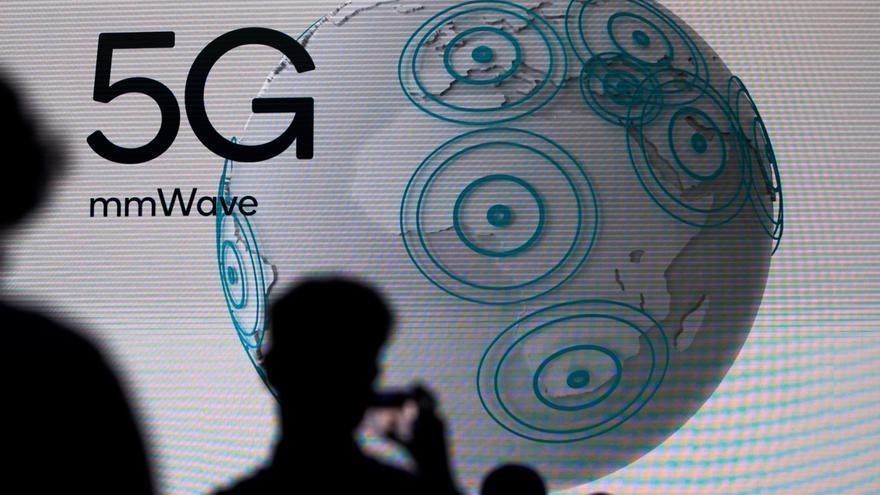 La subasta de la banda del 5G recauda 281 millones en su primera jornada