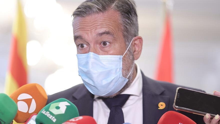 El consejero de Presidencia, Justicia e Interior de la Comunidad de Madrid, Enrique López, ofrece declaraciones a los medios, en un encuentro organizado en Madrid por la plataforma Sociedad Civil Catalana, a 7 de julio de 2021, en Madrid, (España).