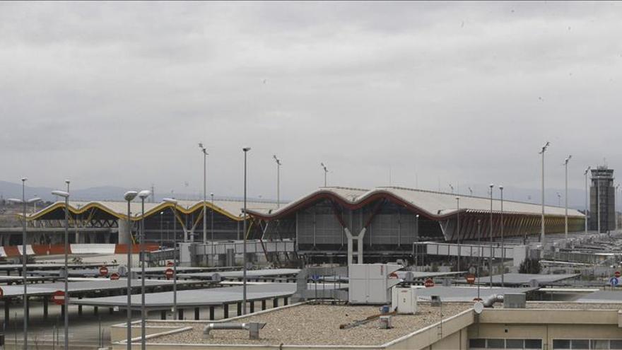 Cuatro detenidos e incautados 25 kilos de cocaína en el aeropuerto de Madrid