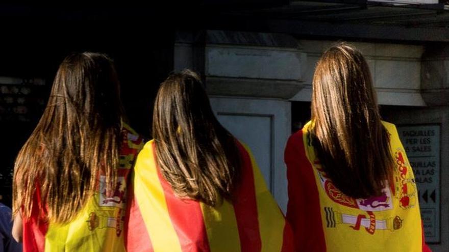 La crisis en Cataluña lastra la confianza del inversor, según J.P. Morgan