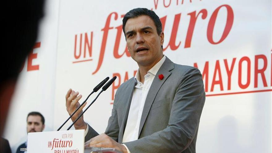 Sánchez condena la agresión sufrida por Rajoy y se solidariza con él