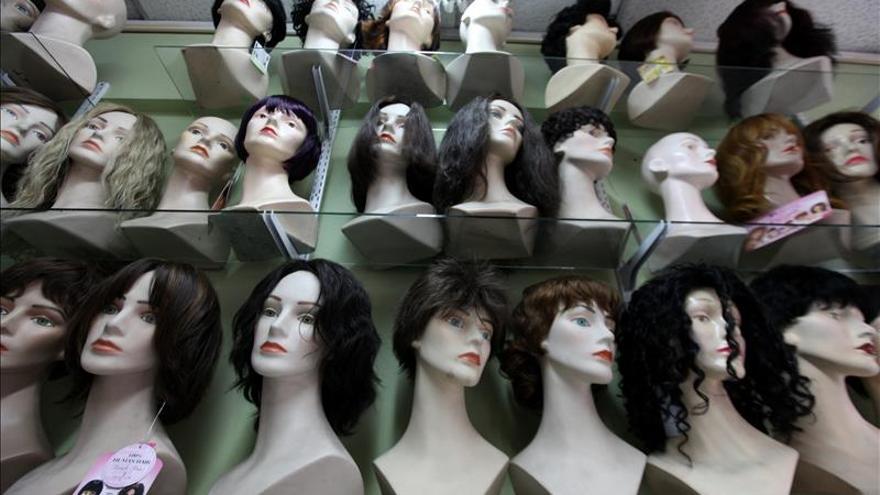El PSOE pide que los enfermos de cáncer sin recursos puedan disponer de pelucas