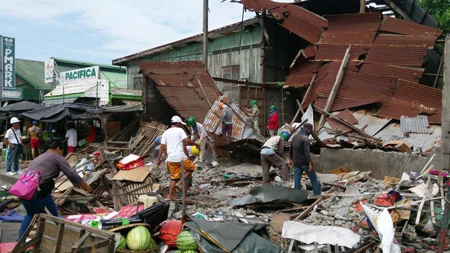 Un fuerte sismo de magnitud 6,8 sacude a Filipinas