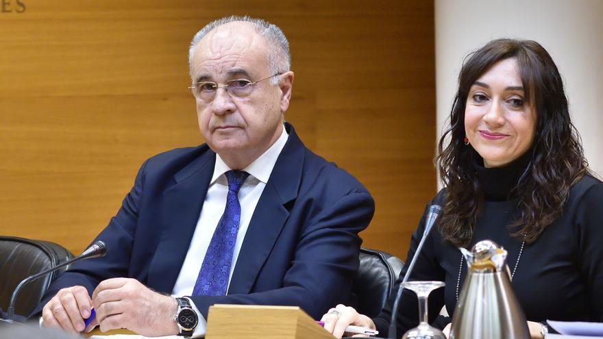 El exconseller popular Rafael Blasco durante su participación en la comisión de investigación parlamentaria sobre Taula
