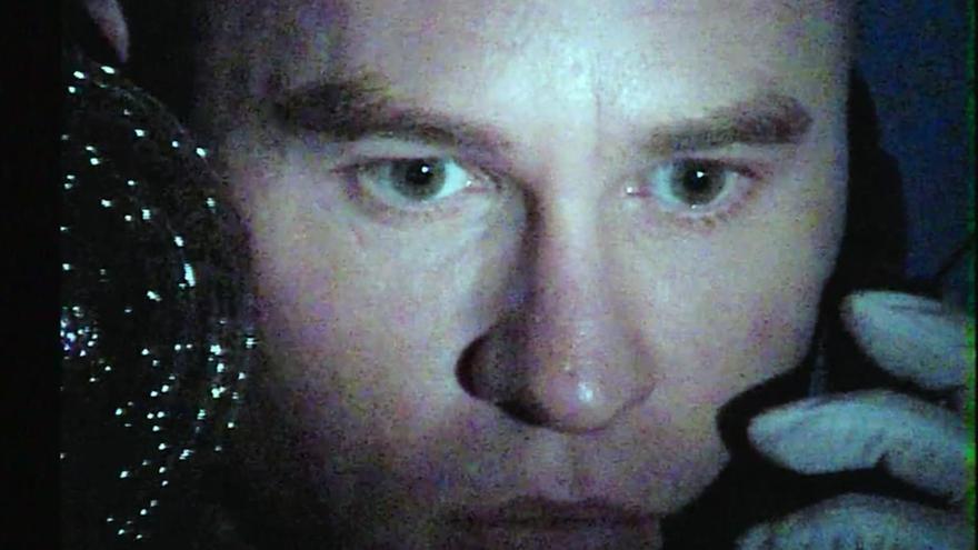 """Val Kilmer cuenta sus secretos y repasa su vida en """"Val"""", un documental conmovedor"""