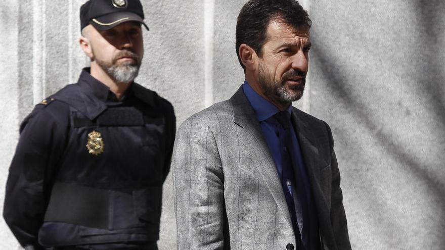 Ferran López deja el Tribunal Supremo después de prestar declaración en febrero de 2018.