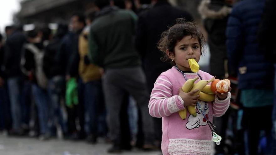 Grecia presenta un plan de contingencia a la UE para acoger refugiados