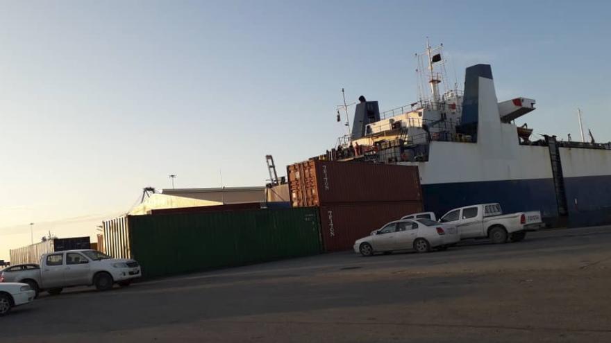 Imagen del carguero en el puerto de Misrata.