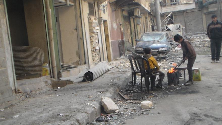 Imagen tomada en Alepo cedida por un refugiado sirio en España, cuyo caso ha llevado Accem. La foto la envía su hermano, que todavía sigue en la ciudad siria.