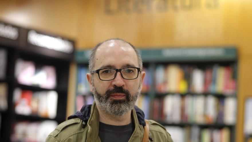 """Óscar Montoya: """"La realidad tiene una fuerza narrativa increíble"""""""