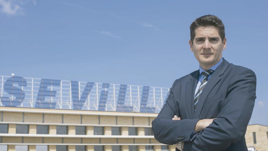 Jesús Caballero, director del aeropuerto sevillano.