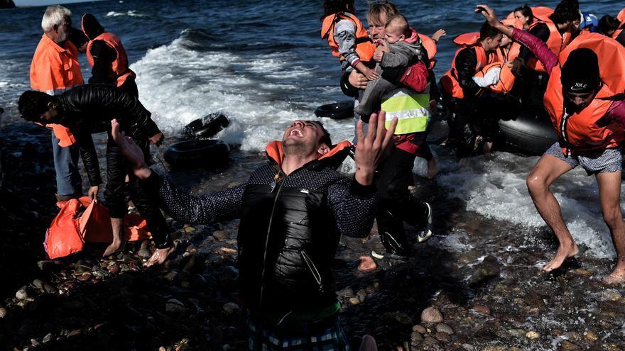 Llegada a las costas de un grupo de personas refugiadas / ARIS MESSINIS