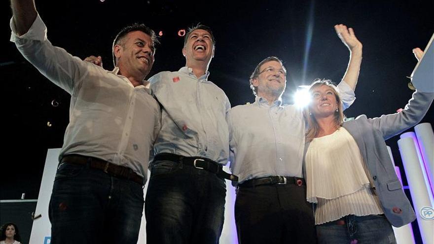 Rajoy y Sánchez pugnan por el voto en Cataluña a dos meses de las generales