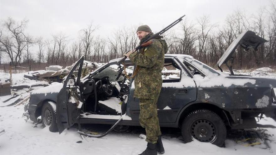 El líder prorruso amenaza a Kiev con arrebatarle por la fuerza el este del país