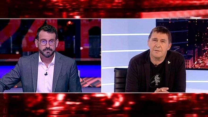 La llamada al apagón en TVE por la entrevista a Otegi no funciona:  alcanza un 1,6% de share y 242.000 espectadores, por encima de la media (0,9%)