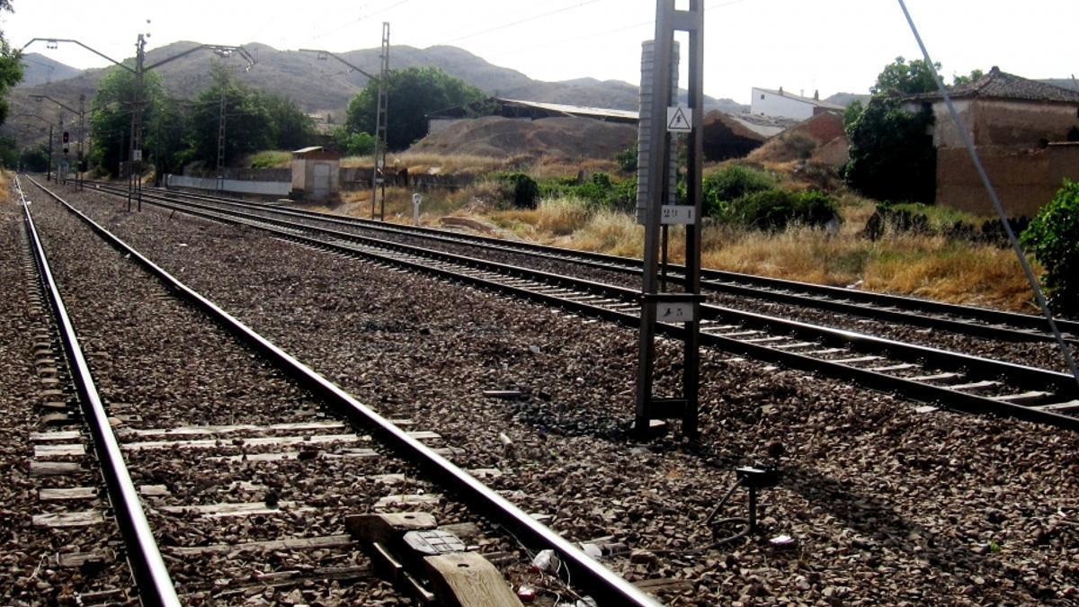 Imagen de archivo de vías del tren