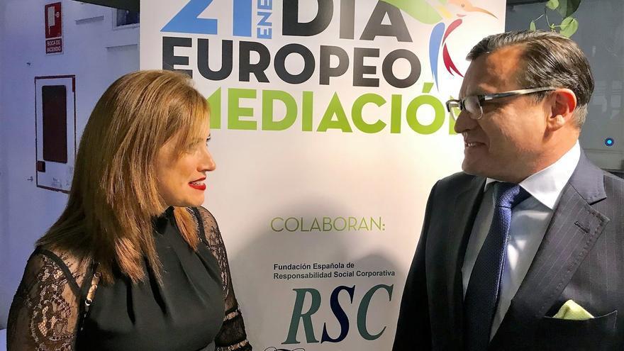 """La Escuela Española de Mediación y Resolución de Conflictos premia """"el compromiso"""" del Departamento vasco de Justicia"""