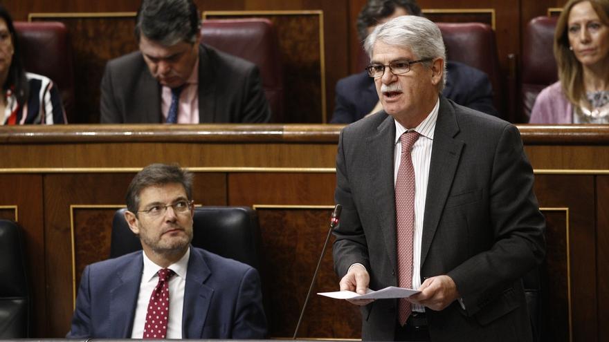 Dastis mantiene Gibraltar como una de las líneas rojas de España en la negociación del 'Brexit'