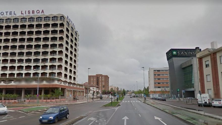Avenida dedicada a Adolfo Díaz Ambrona, presidente de la Diputación de Badajoz y ministro franquista