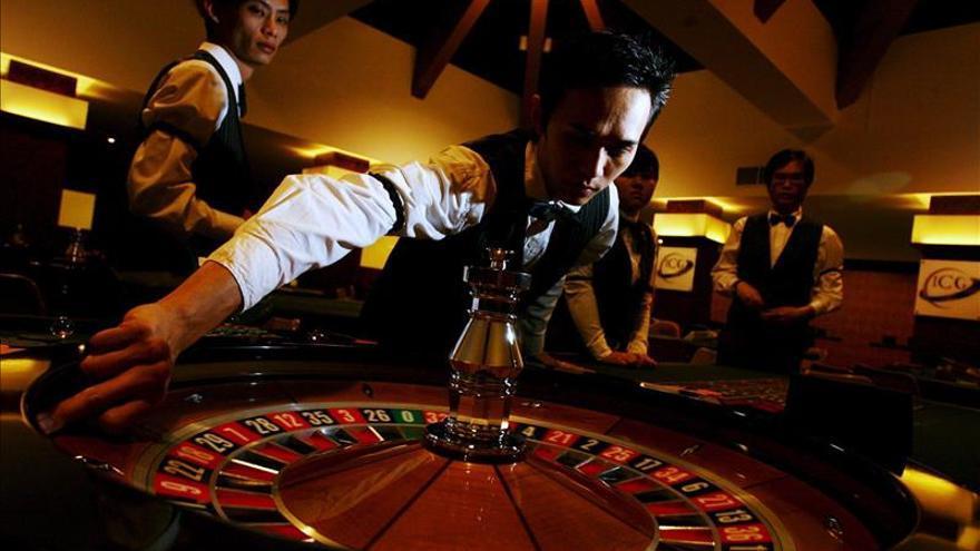 La juventud y la pobreza predicen más recaídas en las adicciones al juego