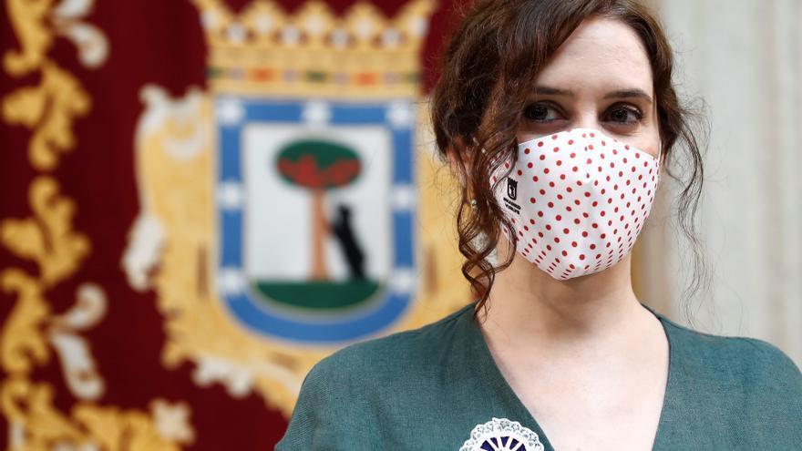 Ayuso asegura que España tiene un problema de falta de médicos y enfermeros