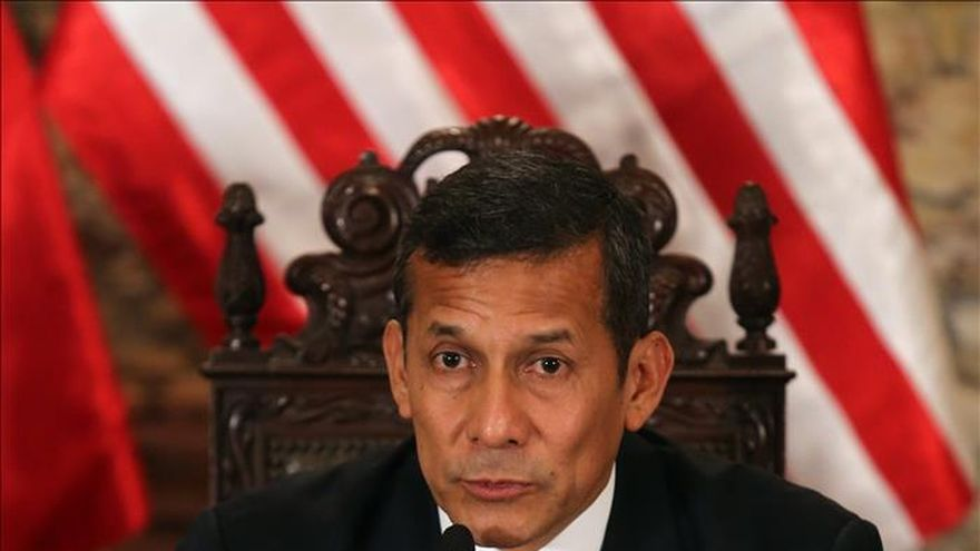 El presidente de Perú apoya una marcha contra la televisión basura en Lima