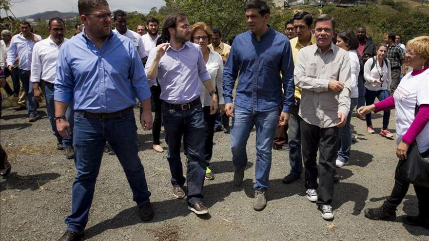 Alcaldes opositores piden la liberación de Ledezma, López y Ceballos