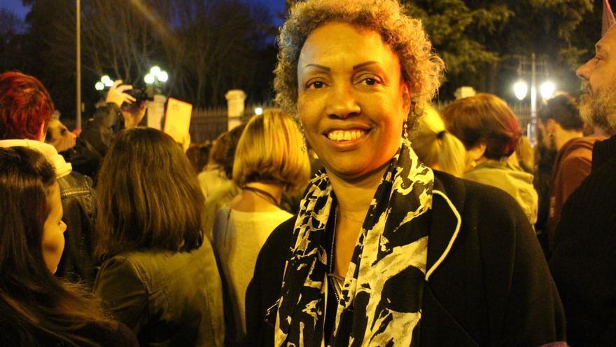 Clara, arquitecta, en la plaza de Cibeles al inicio de la marcha. / SP